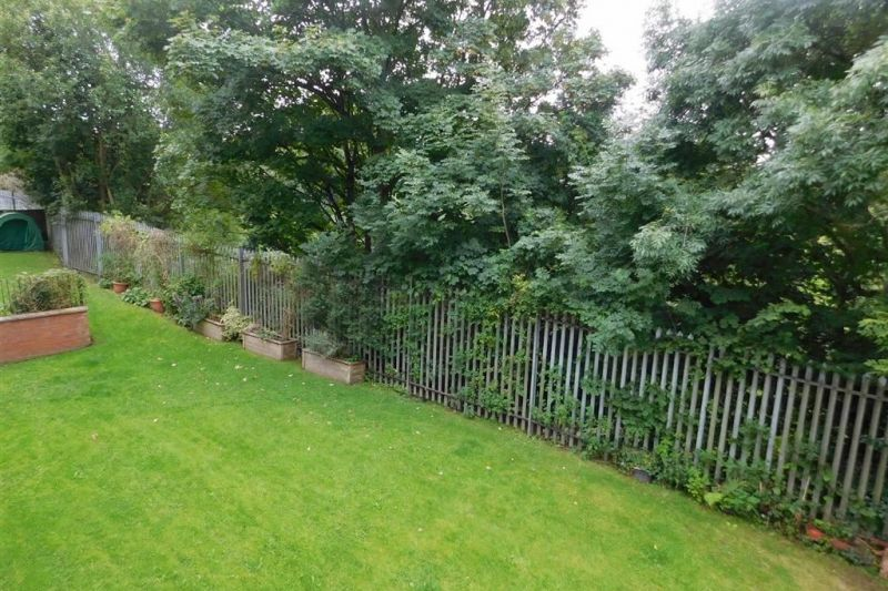 GARDENS - Millstone Close, Bredbury, Stockport