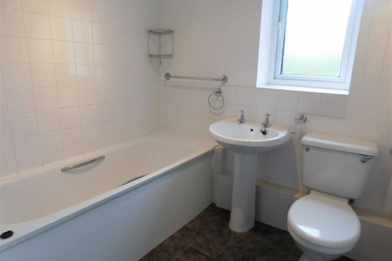 BATHROOM - Millstone Close, Bredbury, Stockport