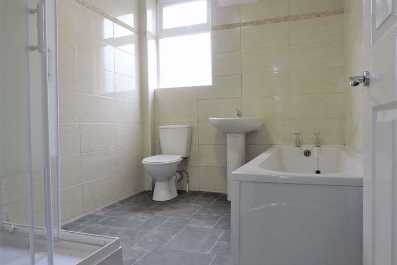 Bathroom - Belvoir Avenue, Levenshulme, Manchester