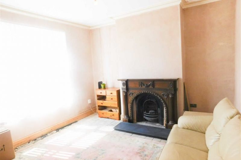 Accommodation - Brookfield Avenue, Bredbury, Stockport