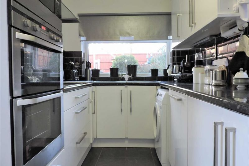 Kitchen - Kilnwick Close, Gorton, Manchester