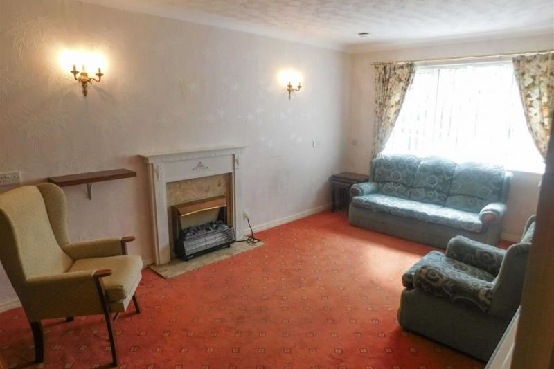 Lounge/Dining Room - Redfern House, Harrytown, Romiley