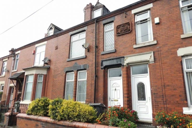 3 bed Mid-terrace house For Sale