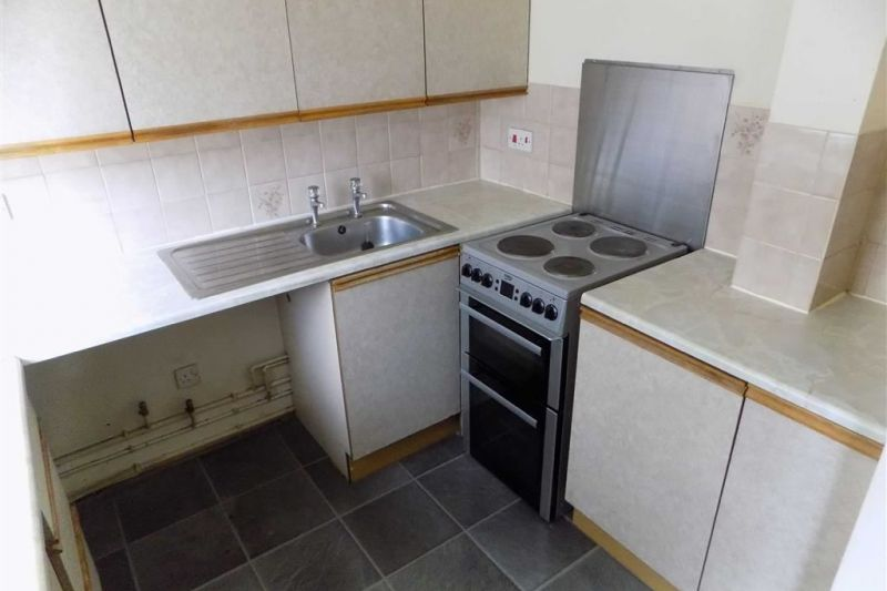 Property at Woodnewton Close, Gorton, Manchester