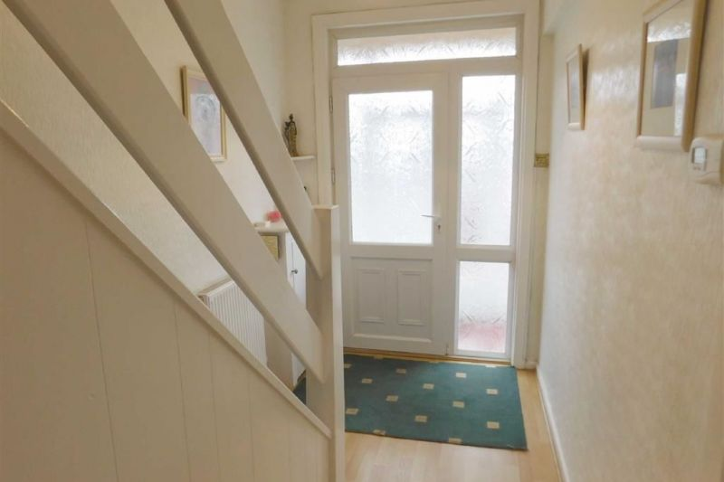 Hallway - Akesmoor Drive, Mile End, Stockport