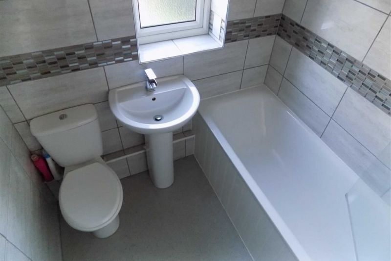 Bathroom - Belvedere Avenue, Reddish, Stockport