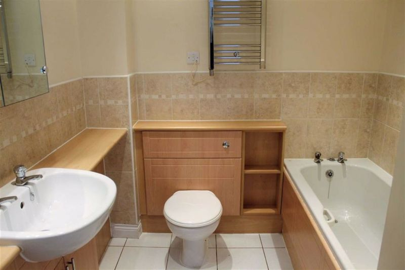 2 bed Purpose Built Flat For Sale