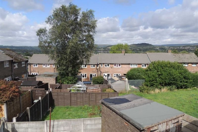 Property at Cliffe Road, Glossop