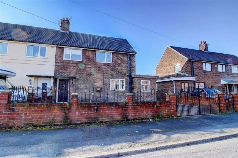 Property at Birchfield Avenue, Atherton, Manchester