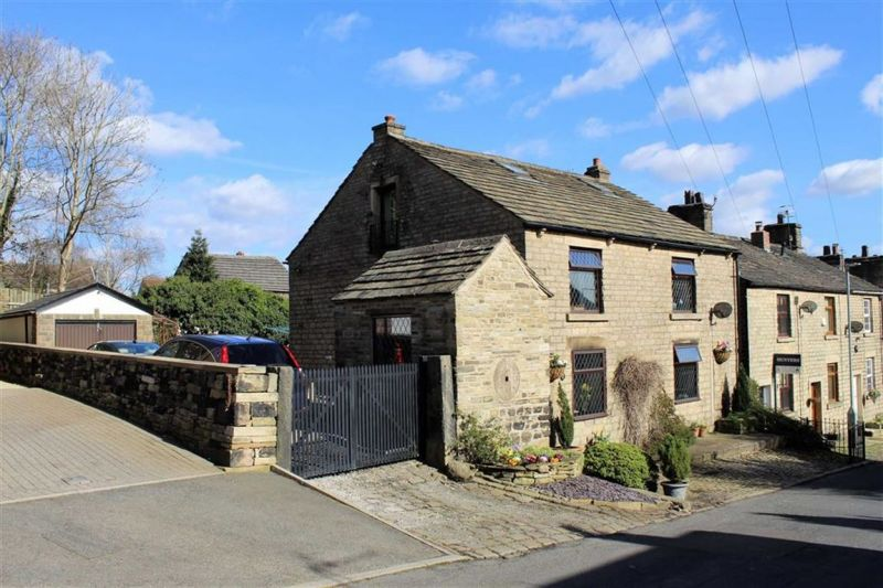 3 bed Detached Cottage For Sale