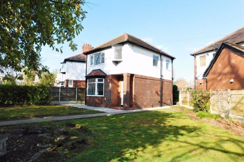 3 bed Detached House For Auction