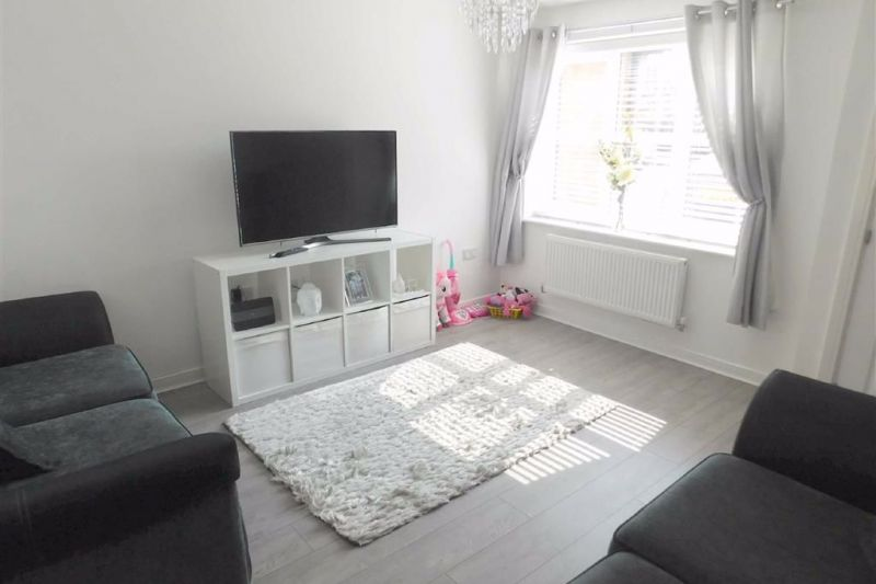 Lounge - Beekeeper Close, Offerton, Stockport