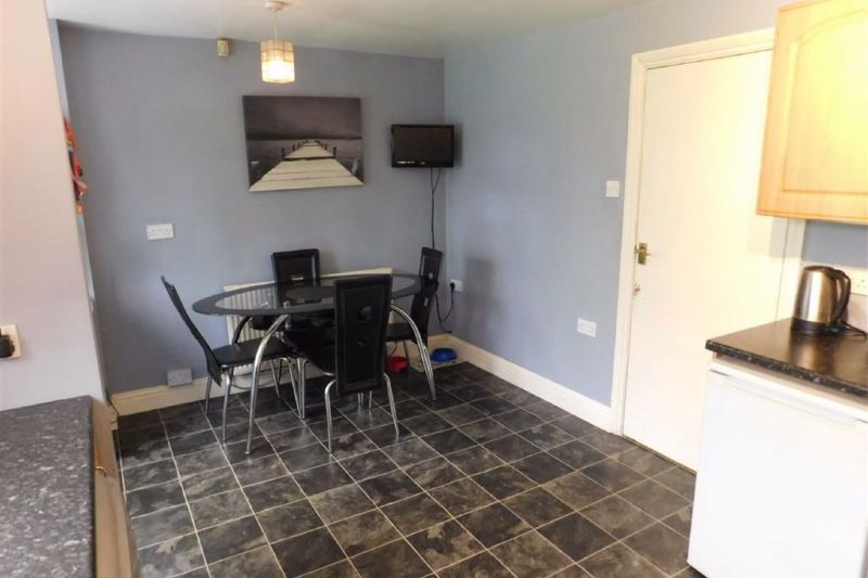 Dining Kitchen - Hampstead Drive, Great Moor, Stockport