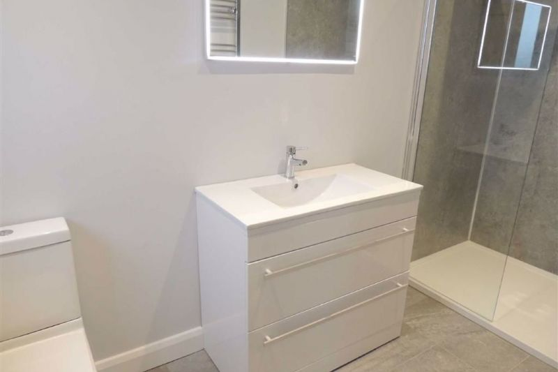 EN SUITE SHOWER ROOM - Chardin Avenue, Marple Bridge, Stockport