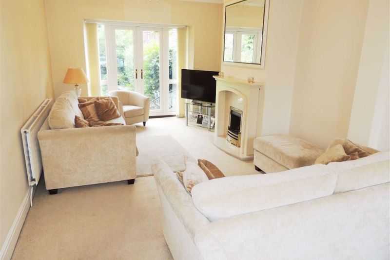 Lounge/ Family Room - Kingsley Grove, Audenshaw, Manchester