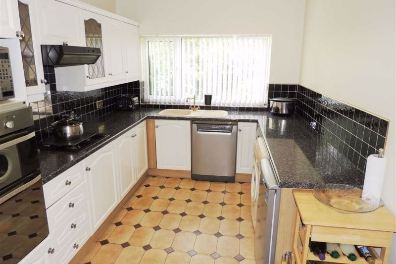 Kitchen - Kingsley Grove, Audenshaw, Manchester