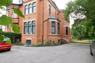 Buxton Road, Stockport, SK2 7AE