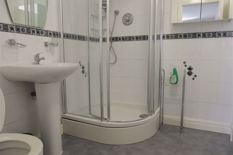 En Suite - Grange Road, Bramhall, Stockport