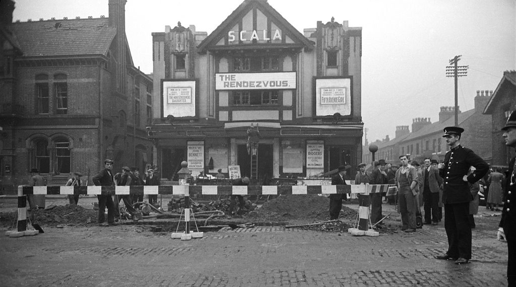 Old photo of the Scala cinema in Withington