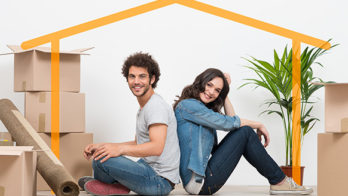 young-couple-move-house