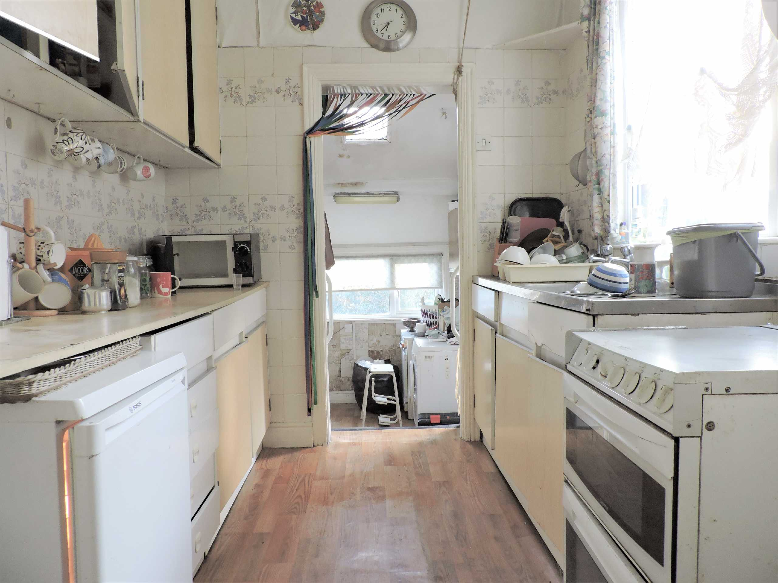 Internal image of Connaught Avenue - Kitchen